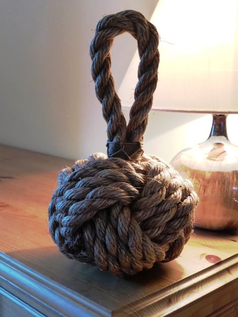 rope knot decoration in living room